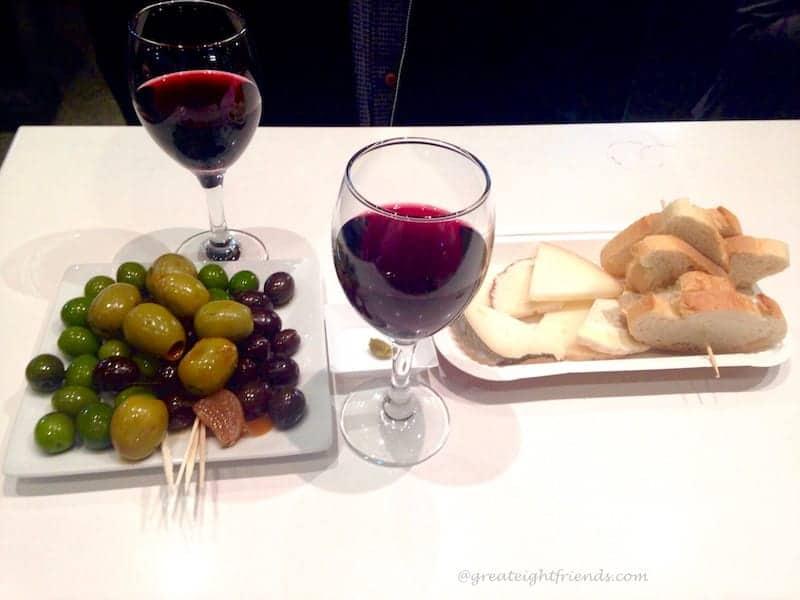 Mercado de San Miguel Wine Olives