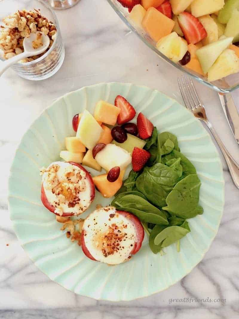 Skip the breakfast casserole and try these easy and delicious Baked Eggs Benedict Muffin Cups for your next brunch. Can be gluten and dairy free!