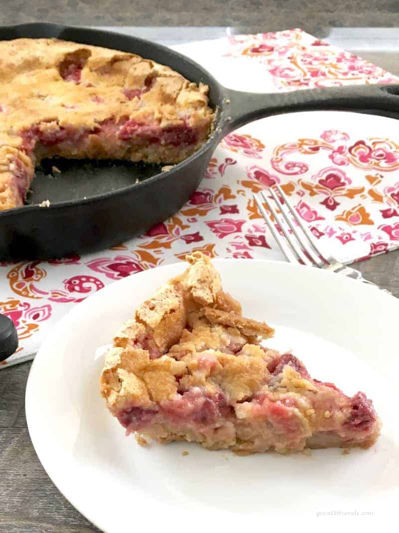 Buttery Crusted Strawberry Rhubarb Tart