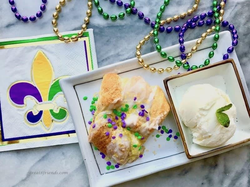 Easy King Cake with Vanilla Ice Cream