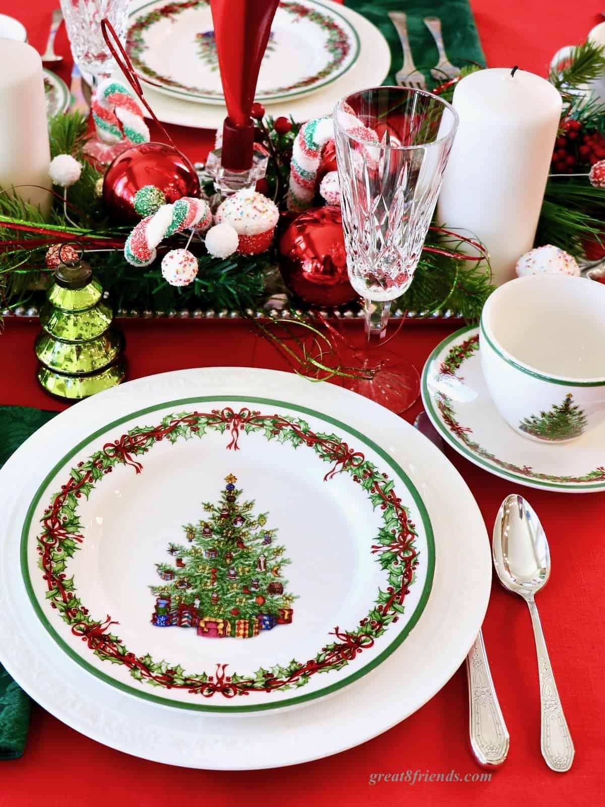 Christmas table setting with Christmas tree plates.